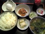 琴ひら:�納豆定食740円全景071002.jpg