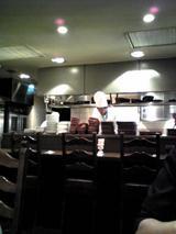 フレスカ:店�カウンター席と厨房070630.jpg