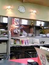 あたりや:店内厨房カウンター06-01-12
