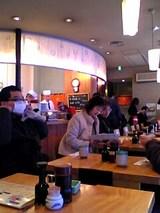 浅草うまいもんあづま:店内厨房とテーブル席06-01-22