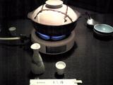 よし梅:�出汁入り土鍋を火に掛け沸かす070903.jpg
