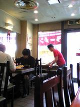 中川千寿:店�入口右手テーブル席090418.jpg
