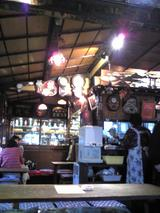 天野家:店�喫茶部の店内�091213