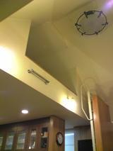森樹:店�2階にある取り外し梯子式ロフト100225