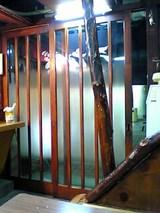 うな辰:店�入口付近06-06-05_19-28.jpg