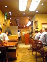 紅葉川:店�入口から右に伸びる通路06-08-24_12-56.jpg
