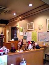 ラ・カンパネラ:店�壁沿いの様子06-06-11_11-38~00.jpg