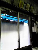 日正カレー:店�入口付近080729.jpg