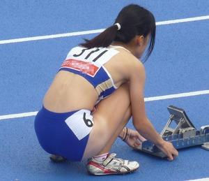 女子陸上選手のユニフォームがエロすぎwww エロちら速報11