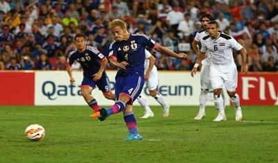 アジアカップでPKを決める本田圭佑