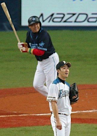 モテ国速報(*´ω`)日ハム斎藤佑樹に新名言「なんでここで野球やってんだろう」日本ハム斎藤佑樹が2軍本拠地でポツリ「なんでここで野球やってんだろうって思っちゃうんですよね」コメントするコメントトラックバック