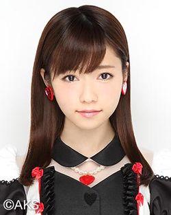250px-2015年AKB48プロフィール_島崎遥香