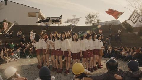 news_xlarge_AKB48_mv_19