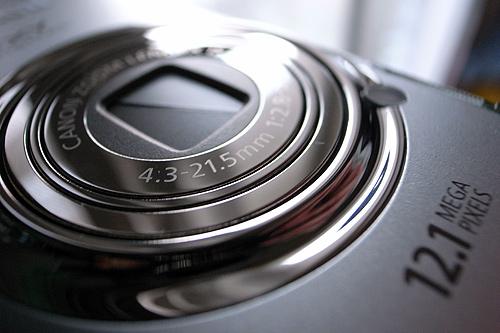 サッと出してパッと撮れるカメラ