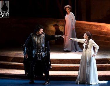 オペラノルマ