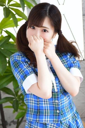 00338295_girlsimage_01