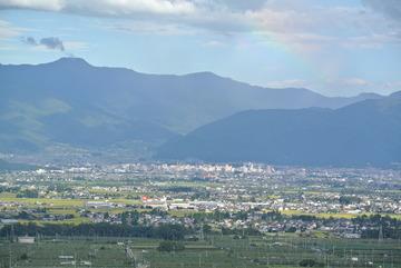 虹と松本市街