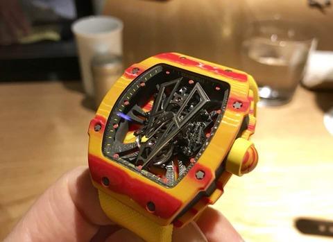 【画像】めっちゃカッコいい腕時計買ったったww