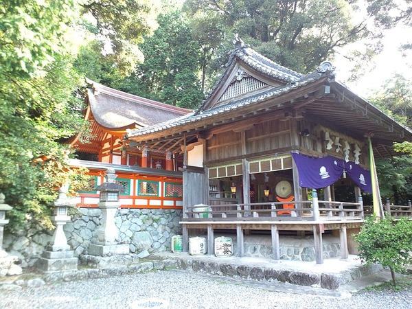 Takakamo-jinja_Honden