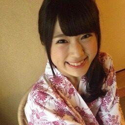 若手女優・小西桜子が生チッパイを揉まれまくってるシーンでフル勃起