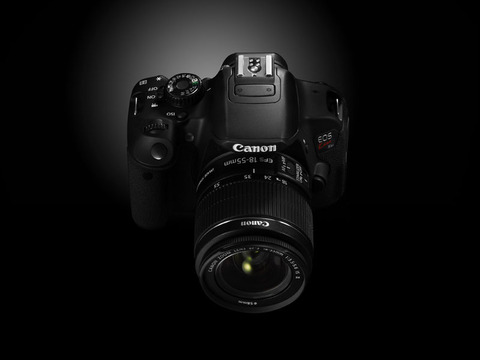 Canon_EOS_Kiss X6i_front