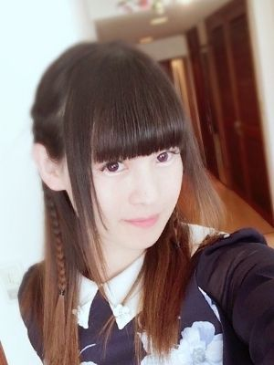 00258105_girlsimage_01