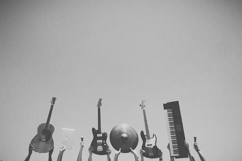 music-598176_640