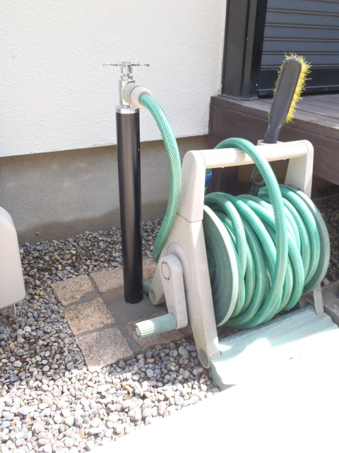庭部散水栓