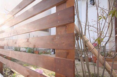 輸入住宅 フェンス