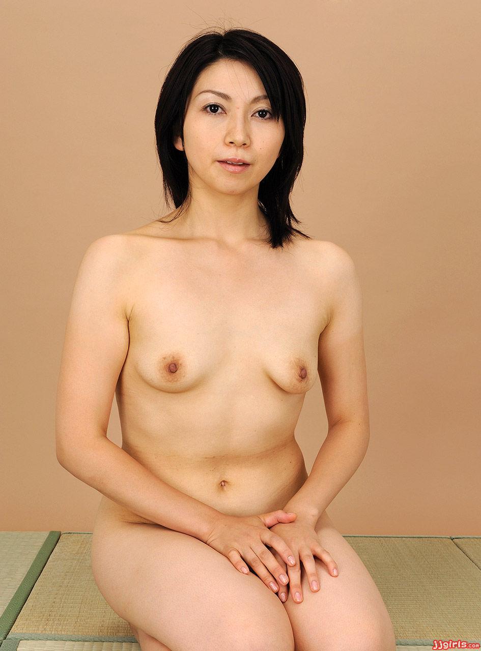 AV女優新尾きり子