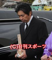 http://livedoor.blogimg.jp/gaji_yamada/imgs/8/e/8e413009.jpg