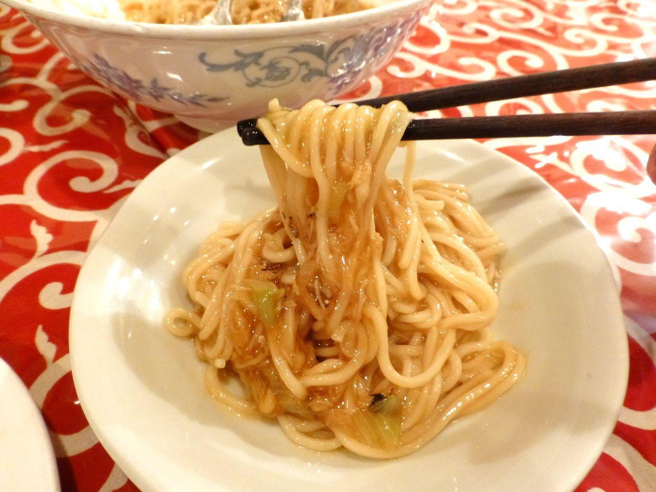残った蟹肉で作った混ぜ麺は、メッチャ旨いぞ!