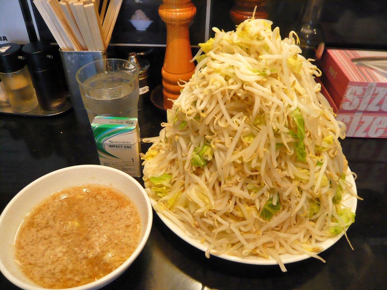 らーめん大の、つけ麺大盛野菜マシマシ850円