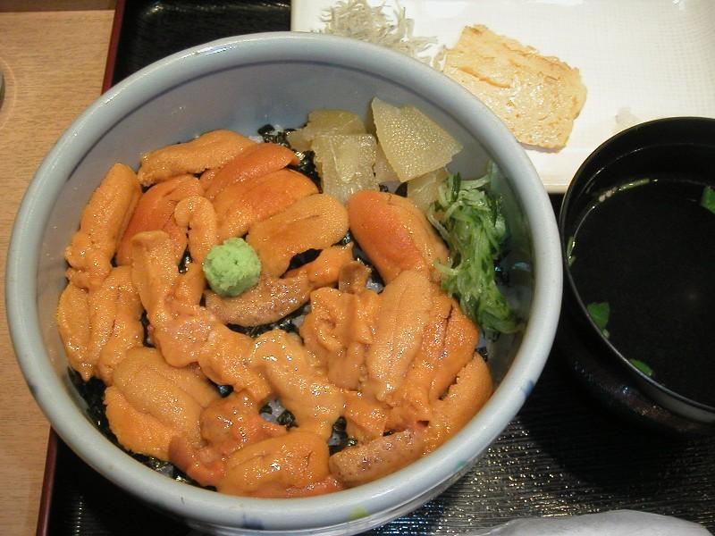 ウニ丼1,400円