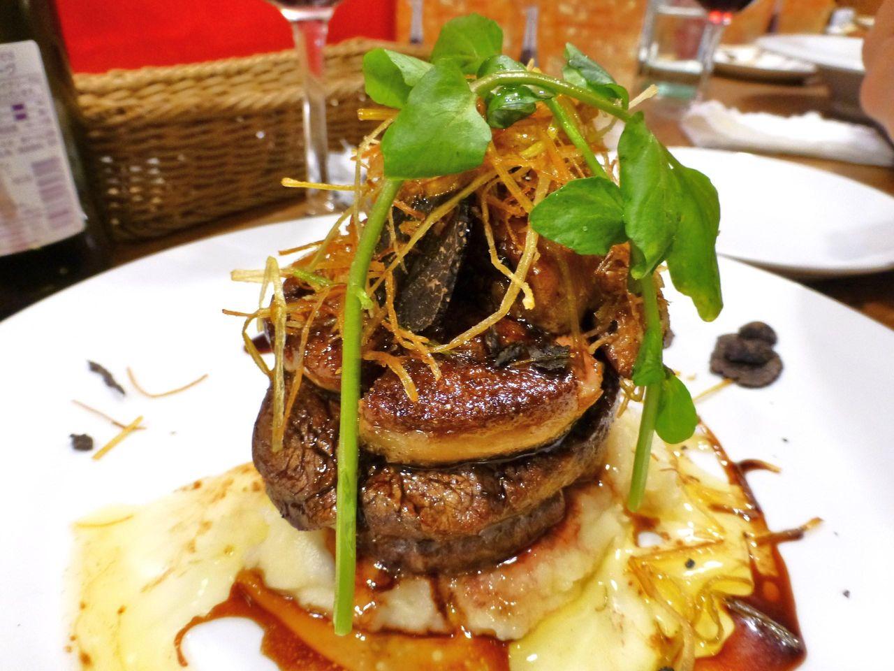 牛ヒレ肉、フォアグラを使用した数量限定ロッシーニ1,785円