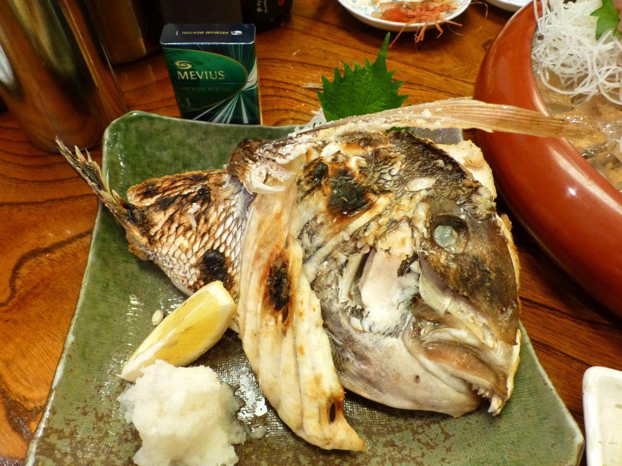 巨大な鯛カブト焼き2,000円