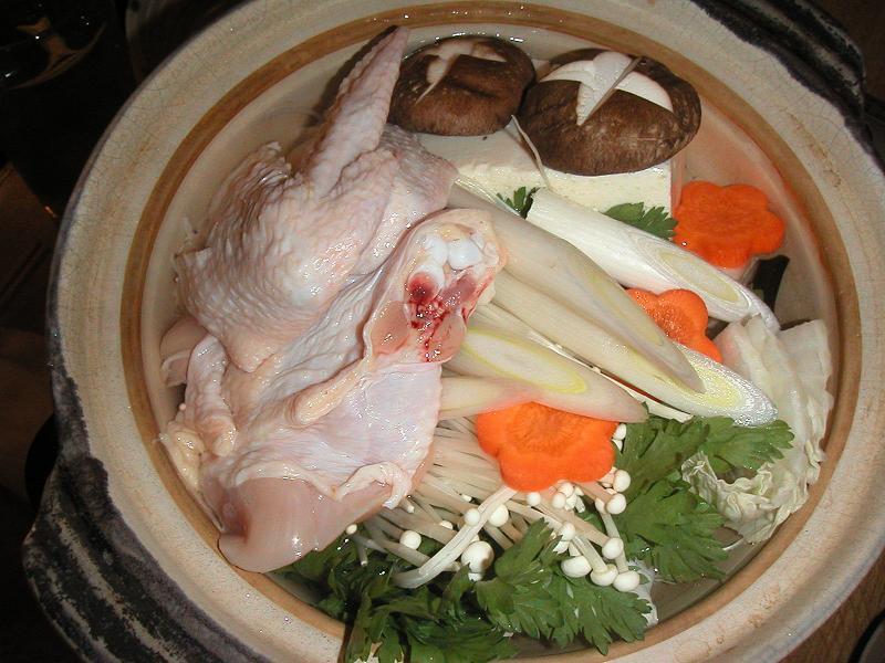一鍋で2度美味しい!鳥鍋(2人前、雑炊込み)2,200円