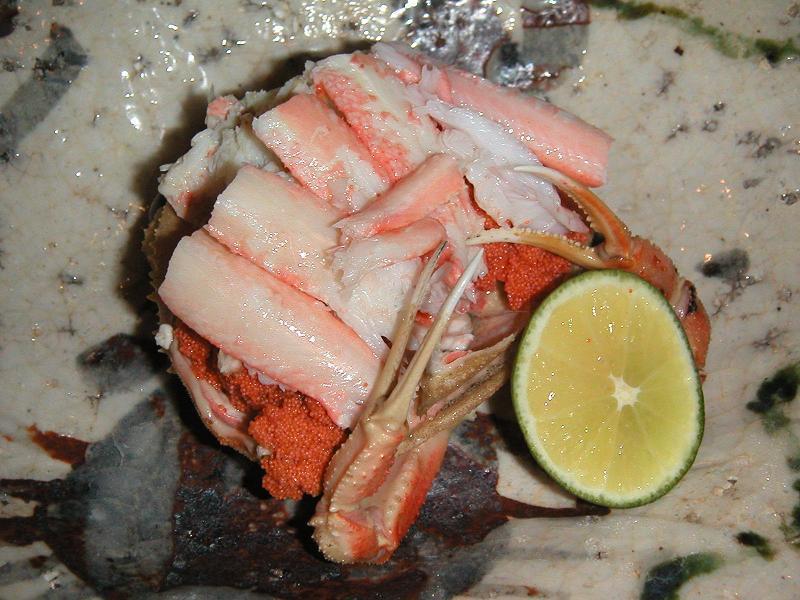 金沢名物の香箱蟹1,300円
