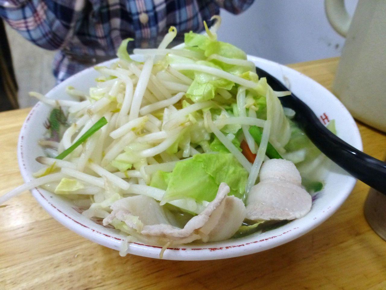 タンメンは、野菜が山盛りです!