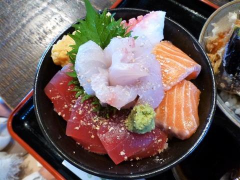 たかはん天丼(小)と海鮮丼(小)セット3