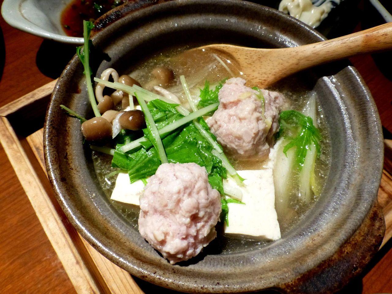 鶏ガラスープの湯豆腐つくね入り580円