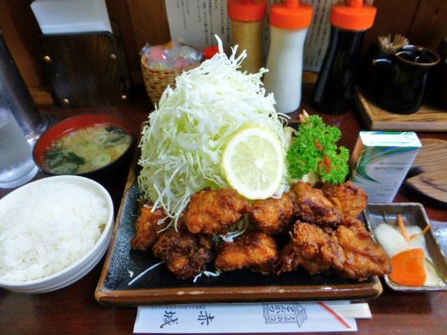 とんかつ赤城の鳥唐揚げ定食1,030円