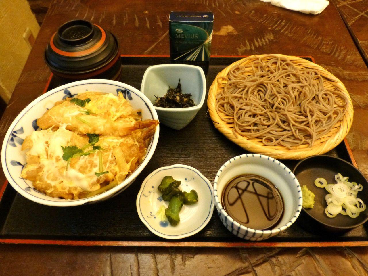 海老天とじ丼セット1,030円