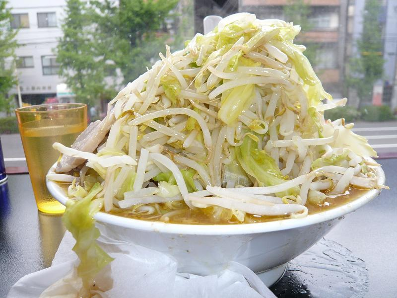野菜炒めじゃないよ!味噌ラーメン(野菜増し増し)700円