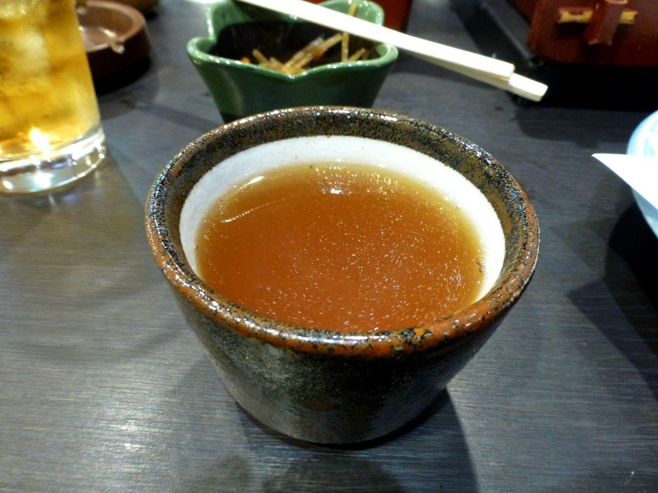 蕎麦つゆに蕎麦湯を加えると、ダシの良い香りが広がります!