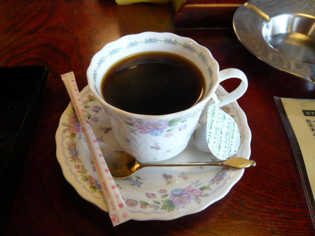 ランチ肉汁荒川めん600円は、コーヒーがサービス!
