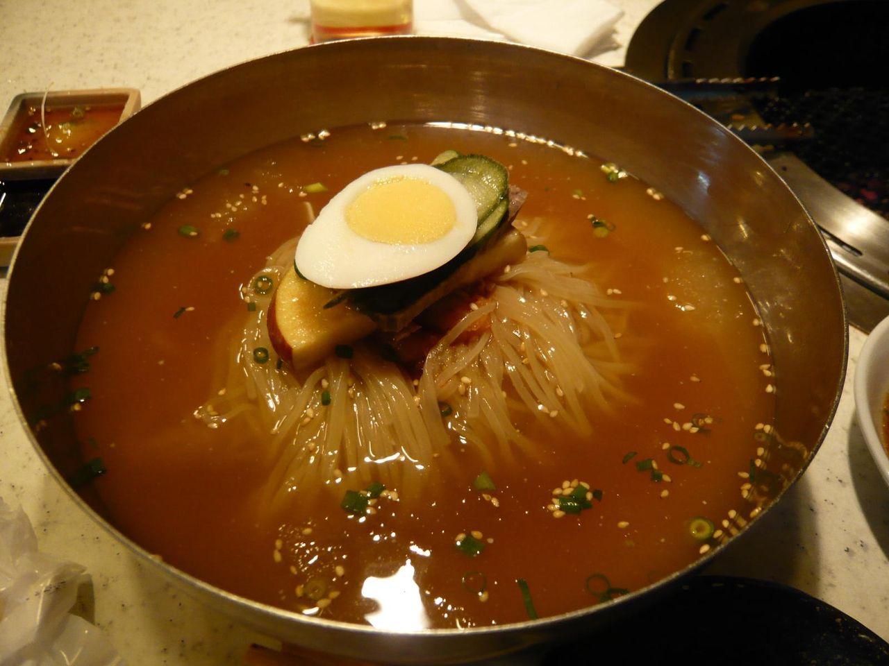 コシの強い細麺にサッパリ系の汁・・・冷麺850円