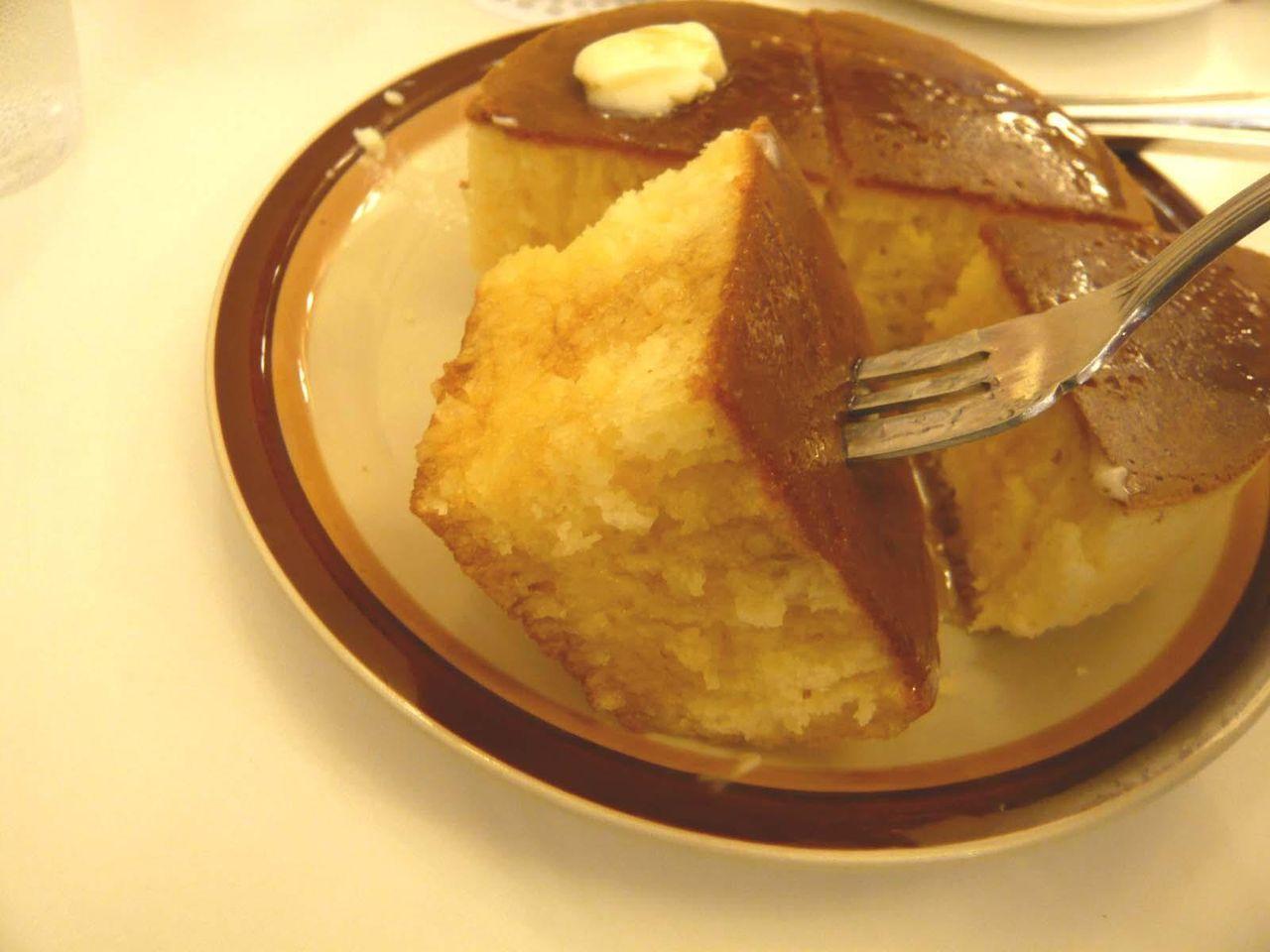 分厚いホットケーキは、食べ応え十分です!