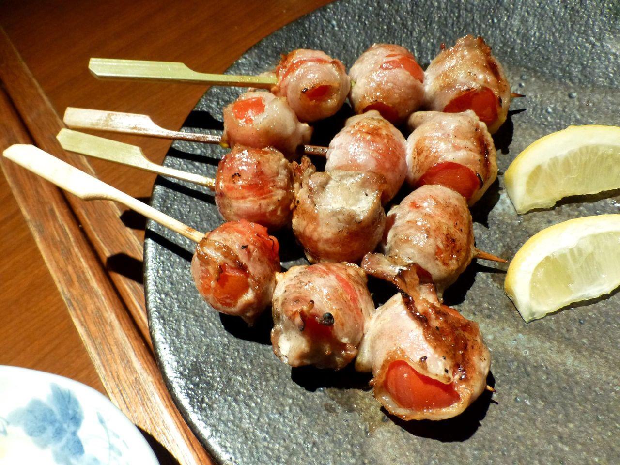 串焼き6本コースのトマト巻!