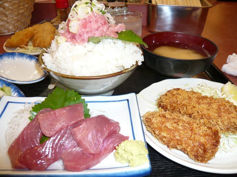 C定食大盛1,100円+ネギトロ(クーポン券)